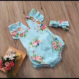 Other - Baby 👶🏼 Romper & Head Tie Set